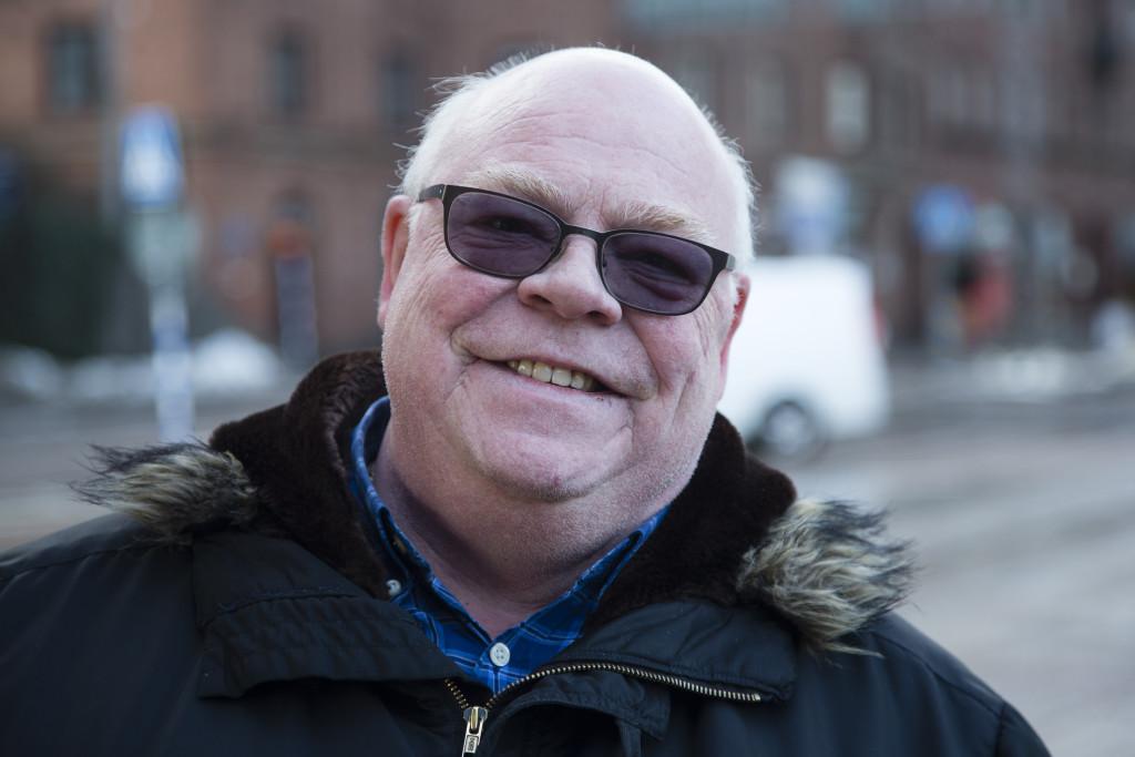 Lennart Rybczynski, 60, egen företagare, Göteborg: - Nej, men jag misstänker att det är den nya sossen. Jag har aldrig sett henne.